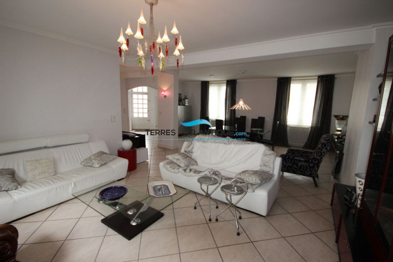 Deluxe sale house / villa Quimper 572000€ - Picture 2