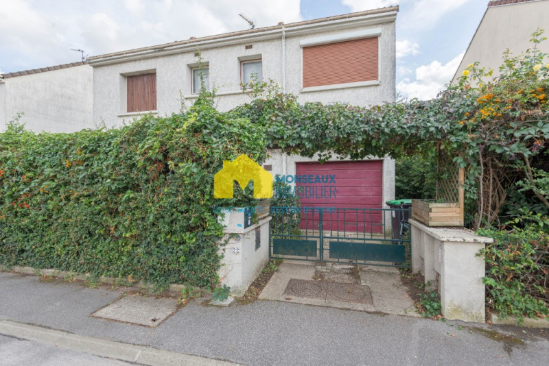 Sale house / villa Villiers sur orge 295000€ - Picture 1