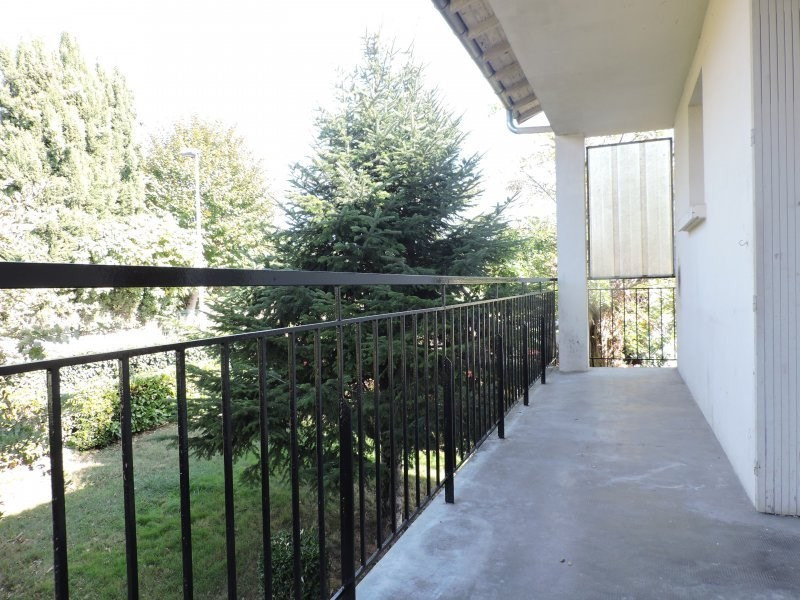 Location maison / villa Castelculier 800€ +CH - Photo 3