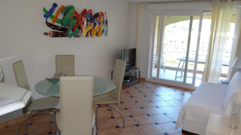 Vacation rental apartment Cavalaire sur mer 1300€ - Picture 4