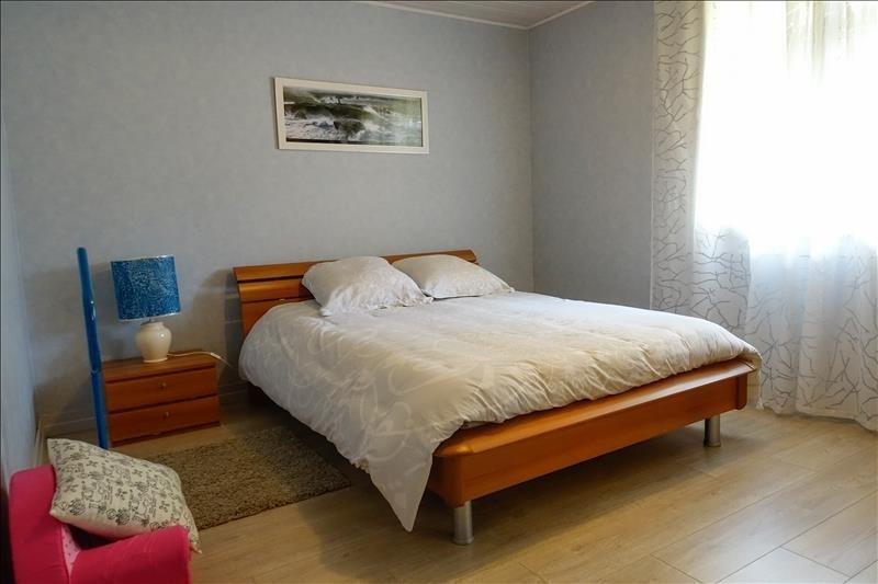 Vente maison / villa St andre de cubzac 269000€ - Photo 8