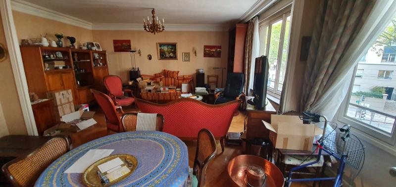 Sale apartment Lyon 7ème 420000€ - Picture 3