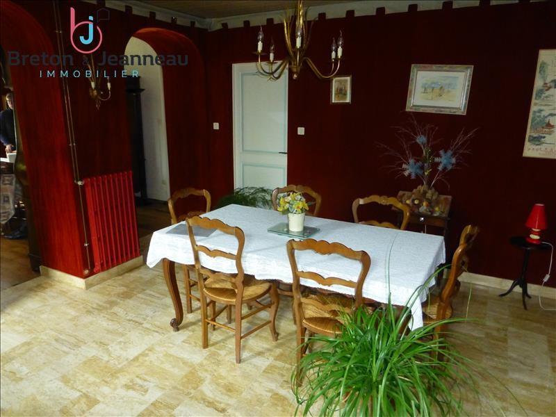 Sale house / villa Meslay du maine 161200€ - Picture 3