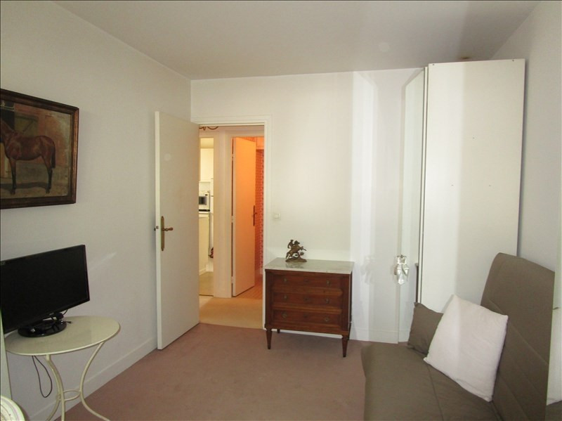 Sale apartment Versailles 594 000€ - Picture 9