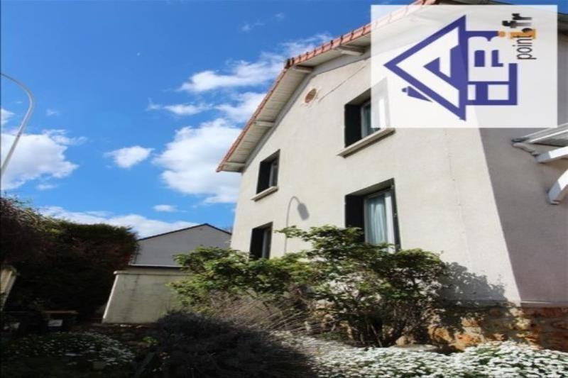 Sale house / villa Saint-germain-en-laye 490000€ - Picture 1