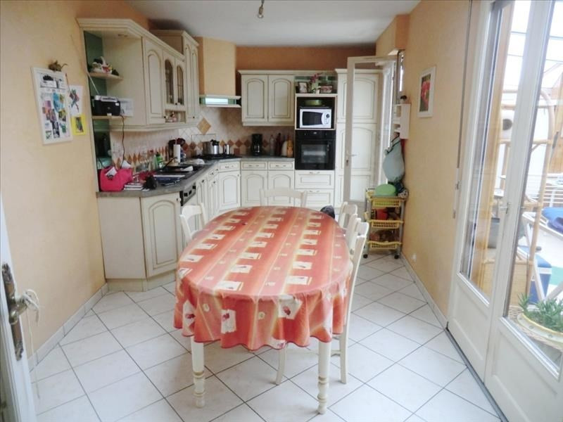 Sale house / villa Fougeres 130 000€ - Picture 2