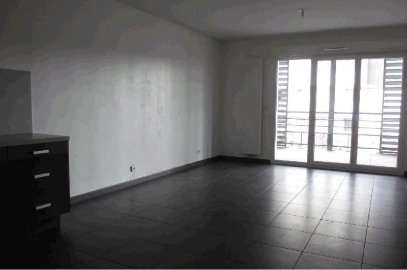 Rental apartment Seynod 1158€ CC - Picture 1