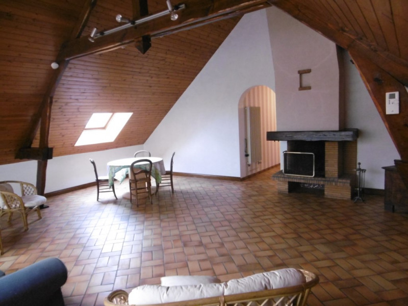 Sale house / villa Change 252 000€ - Picture 2
