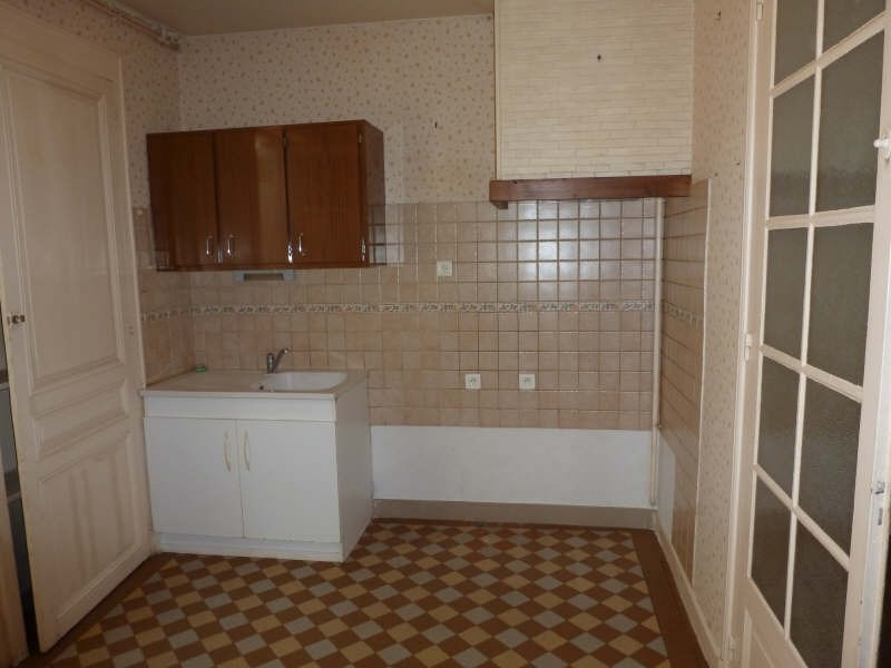 Location maison / villa Usseau 605€ CC - Photo 5