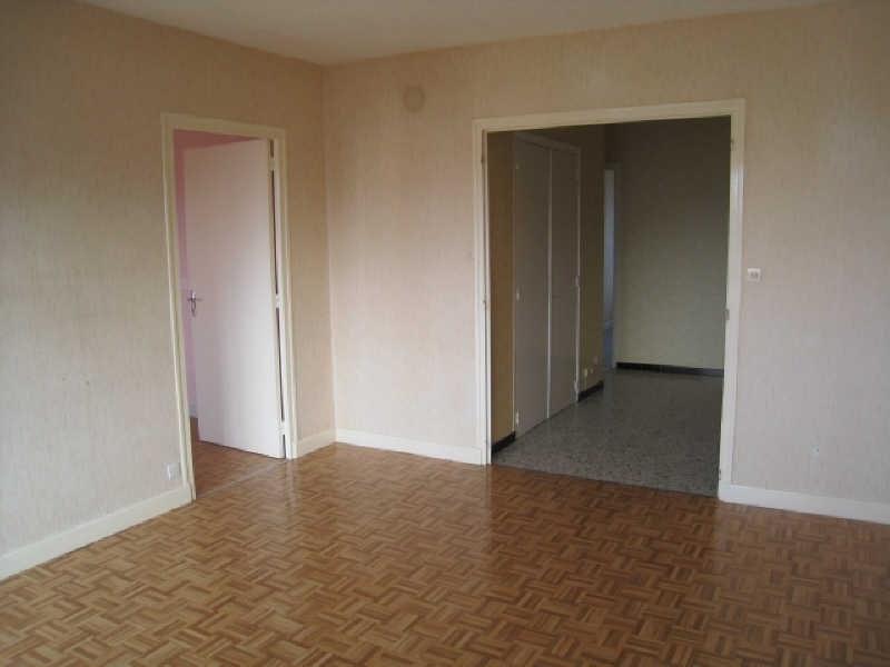 Location appartement Saint pierre en faucigny 895€ CC - Photo 3