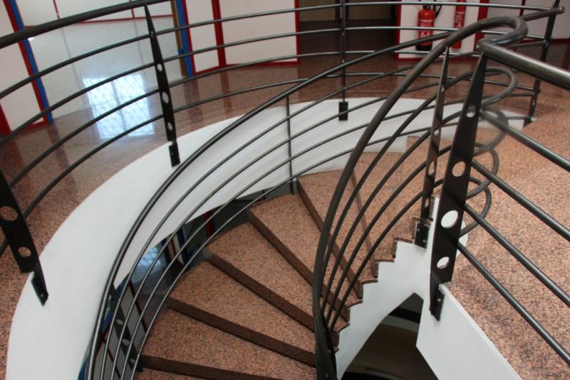 Rental office Aix en provence 3900€ CC - Picture 4