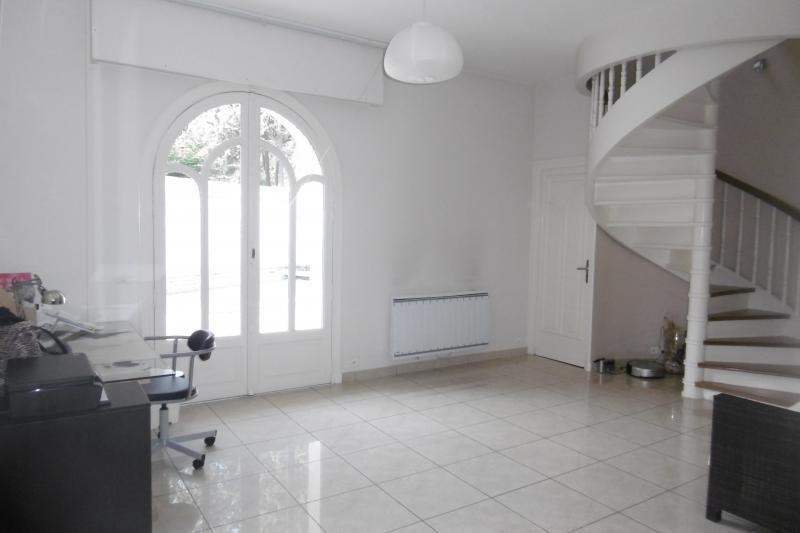 Vente maison / villa Noisy le grand 749 000€ - Photo 7