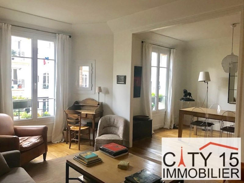 Sale apartment Paris 15ème 880 000€ - Picture 1