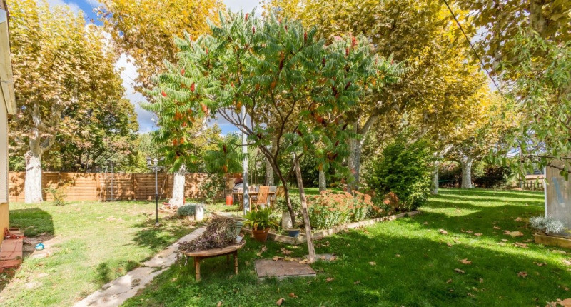 Deluxe sale house / villa Les milles 780000€ - Picture 3