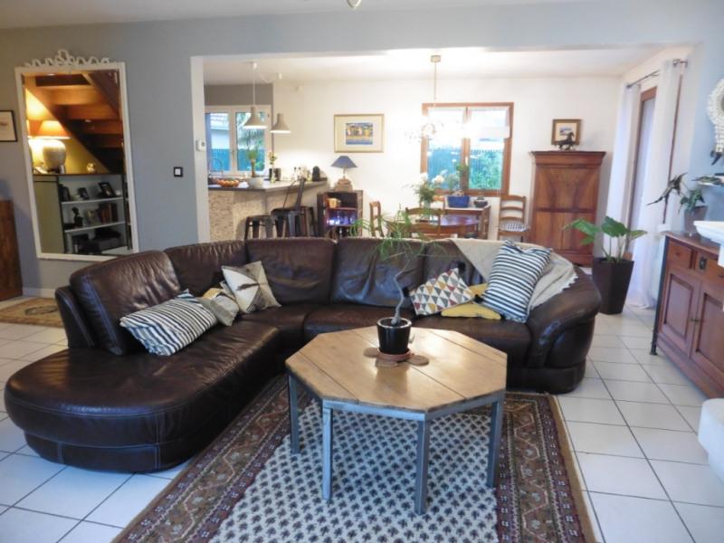Sale house / villa Lescar 359000€ - Picture 3