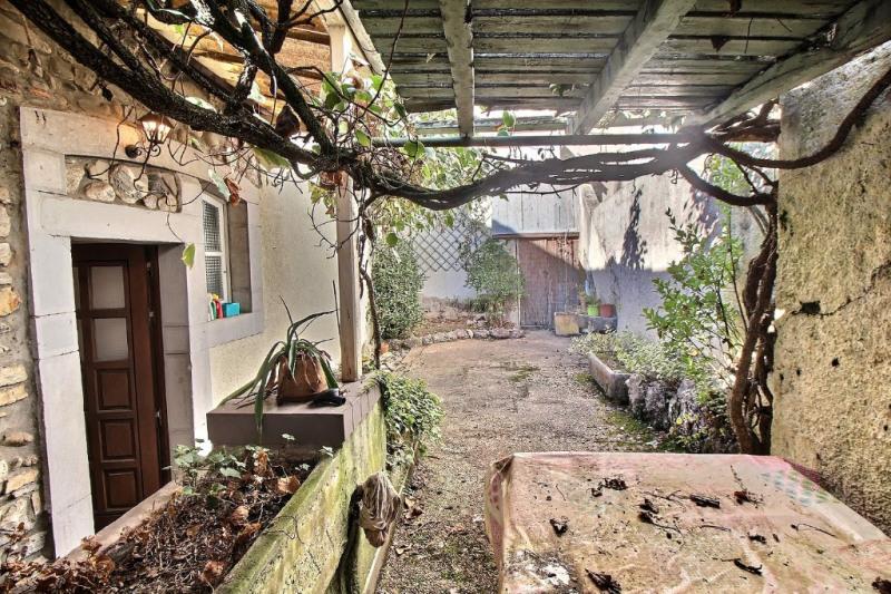 Sale house / villa Oloron sainte marie 108000€ - Picture 9