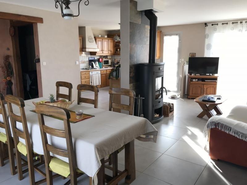 Sale house / villa La chapelle du genet 168600€ - Picture 2