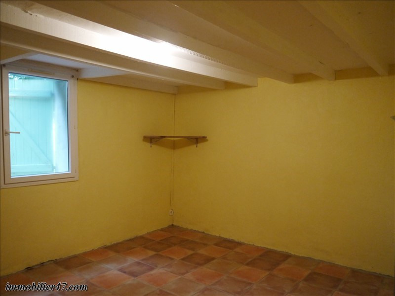 Location maison / villa Monclar 550€ CC - Photo 7