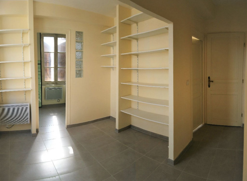Location appartement Aire sur l adour 387€ CC - Photo 2