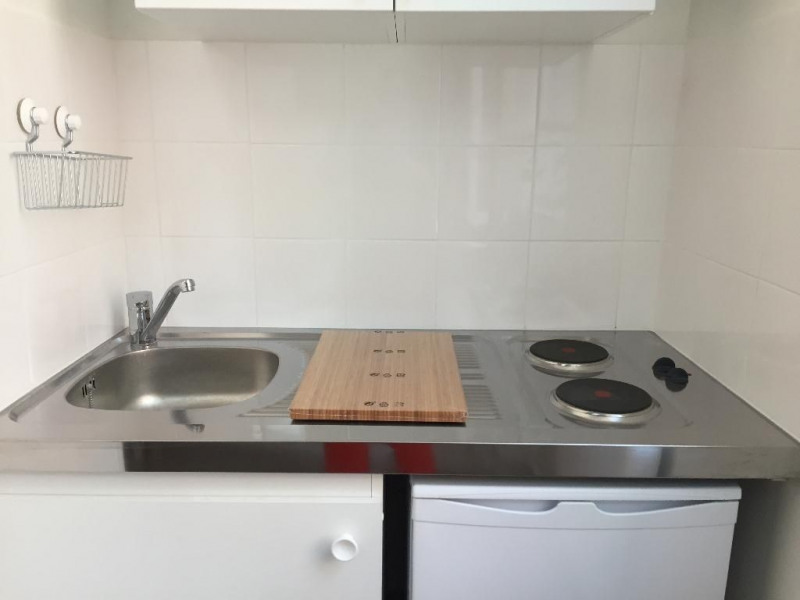 Location appartement Levallois perret 750€ CC - Photo 3