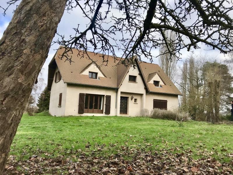 Sale house / villa Montfort l amaury 798000€ - Picture 1