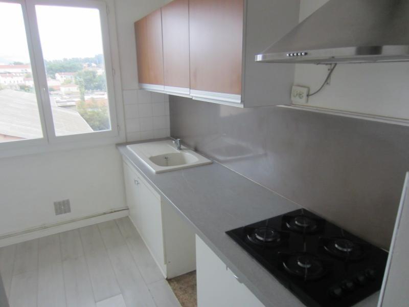 Location appartement La seyne sur mer 700€ CC - Photo 2