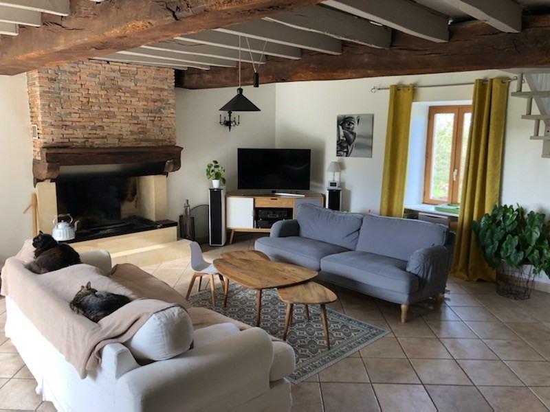 Sale house / villa Clisson 329000€ - Picture 1
