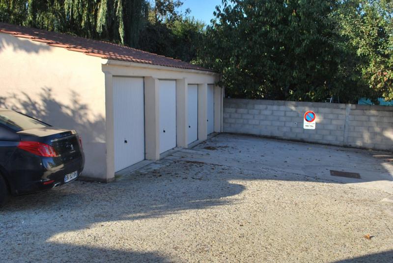 Rental apartment La ville du bois 749€ CC - Picture 5