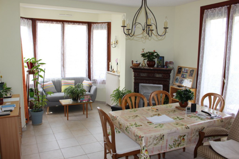 Sale house / villa Marly le roi 514000€ - Picture 4
