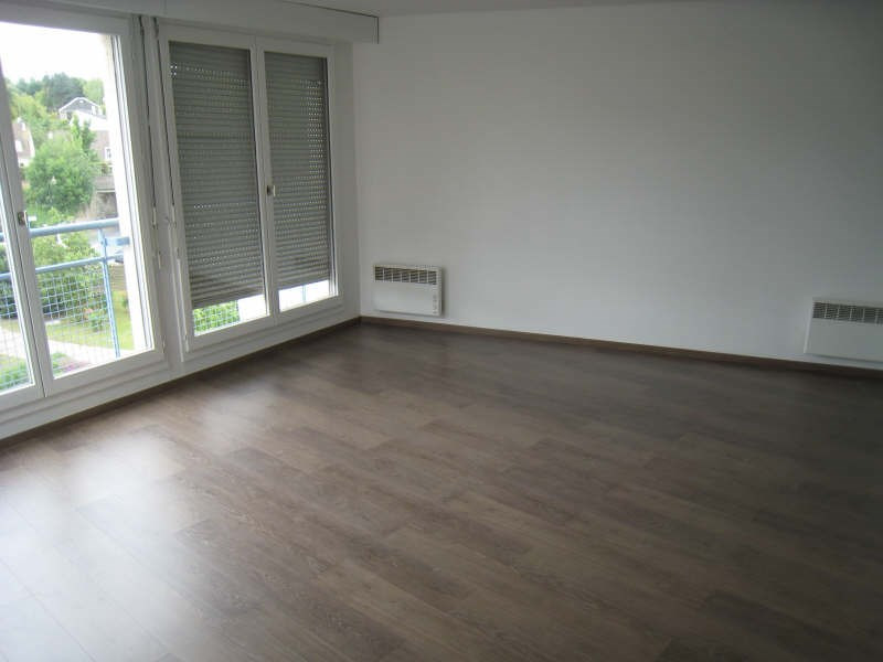 Rental apartment Osny 650€ CC - Picture 2