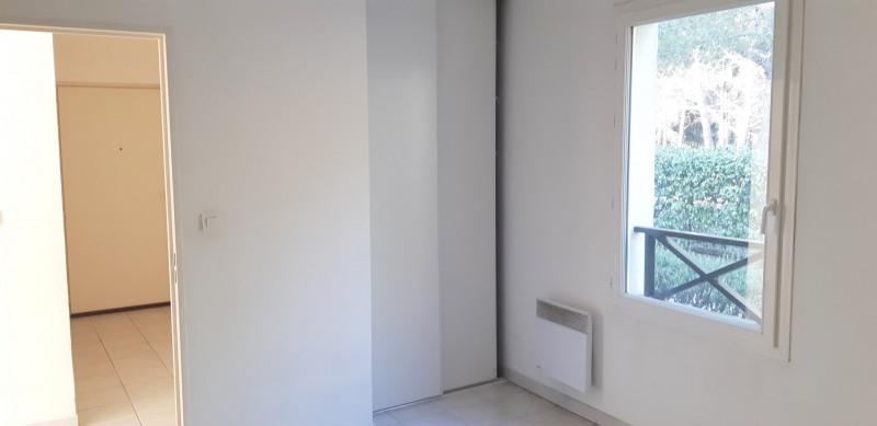 Продажa квартирa Lambesc 314000€ - Фото 8