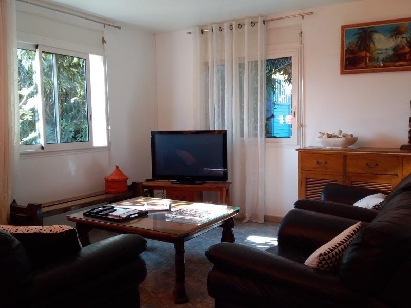 Sale house / villa Mont vert 274000€ - Picture 3