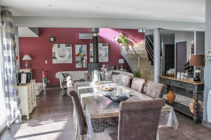 Deluxe sale house / villa Pujaut 493000€ - Picture 4