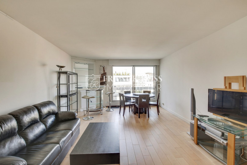 Location appartement Courbevoie 2300€ CC - Photo 1