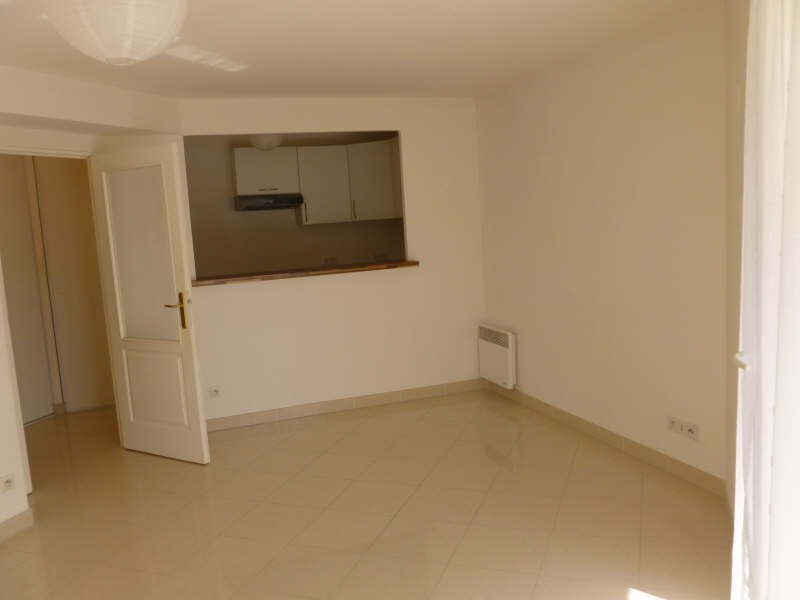 Rental apartment Lamorlaye 830€ CC - Picture 9