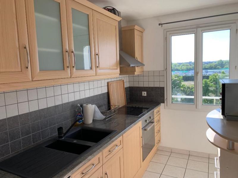 Verhuren  appartement Carrieres sous poissy 840€ CC - Foto 3