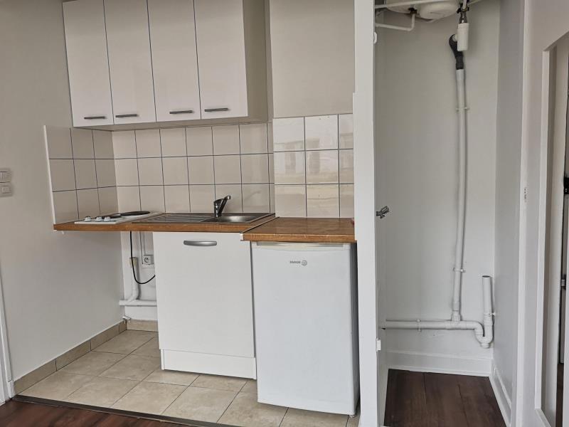 Location appartement Montrouge 820€ CC - Photo 3