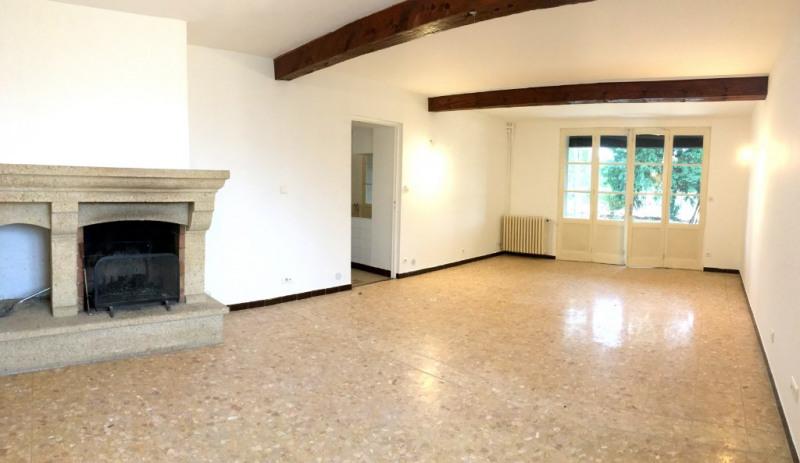 Rental house / villa Aix en provence 1560€ CC - Picture 2