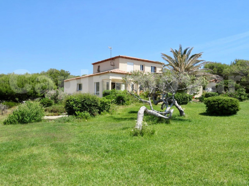 Deluxe sale house / villa Saint-cyr-sur-mer 3300000€ - Picture 2