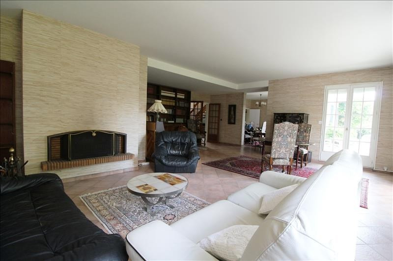 Sale house / villa Maurepas 546000€ - Picture 3