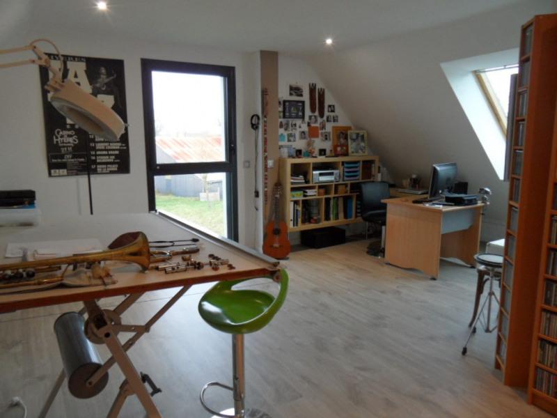 Revenda residencial de prestígio casa Ploemel 597250€ - Fotografia 11