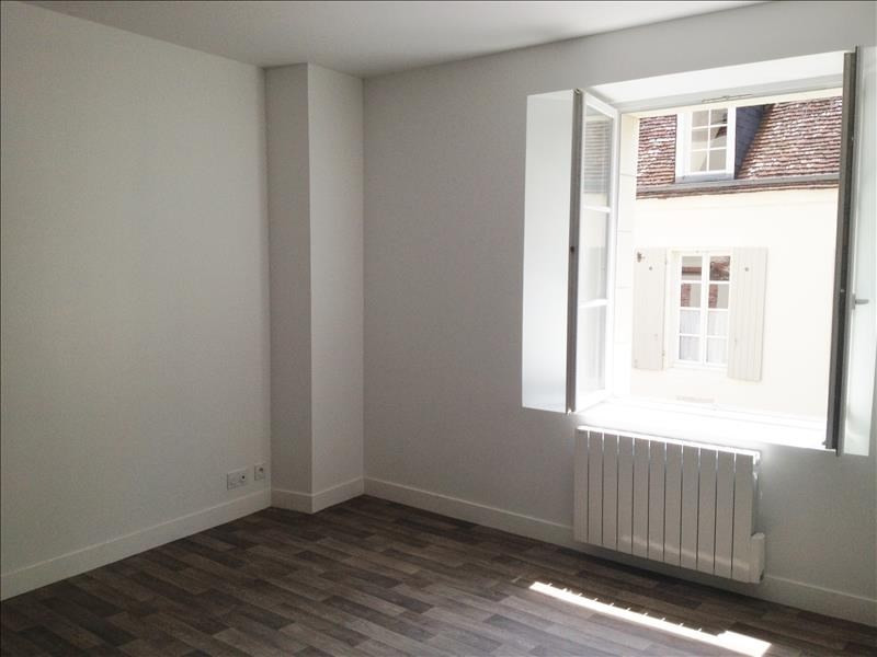 Rental apartment Chateaudun 485€ CC - Picture 3