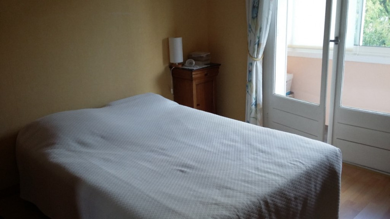Sale house / villa Saint quentin 143200€ - Picture 9