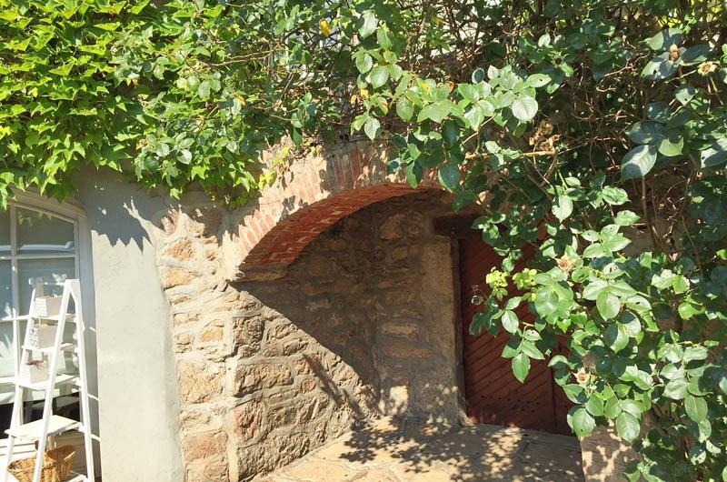 Location maison / villa Saint-genis-les-ollières 2490€ CC - Photo 8