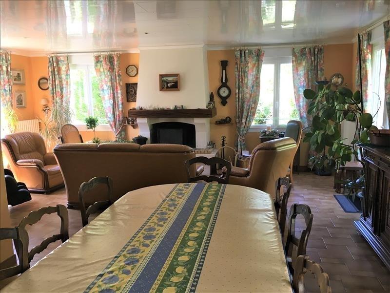 Sale house / villa Soissons 240000€ - Picture 2