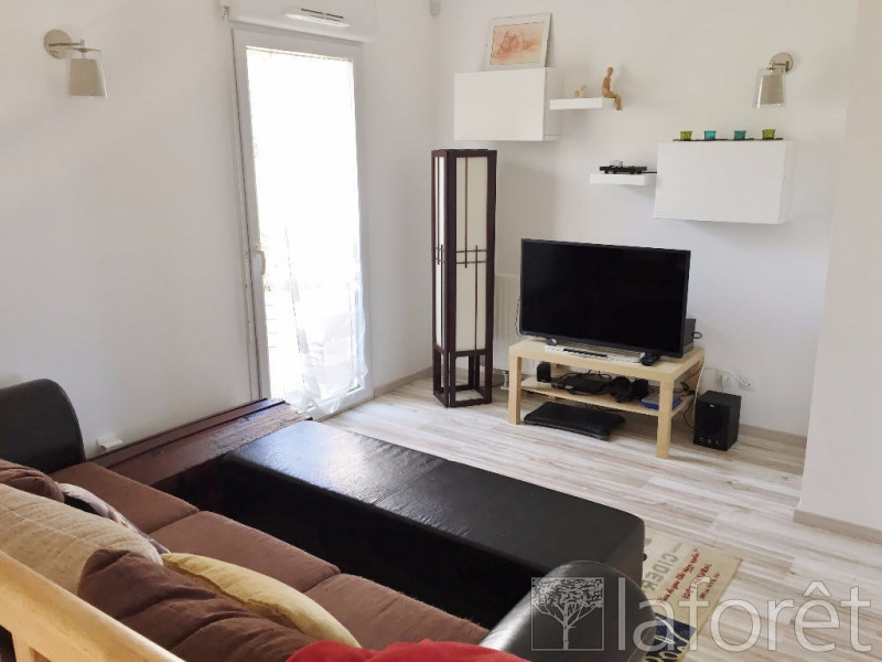 Sale house / villa L isle d'abeau 189900€ - Picture 5