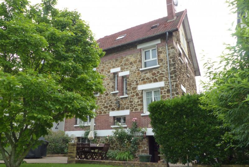 Sale house / villa Villemomble 699000€ - Picture 1