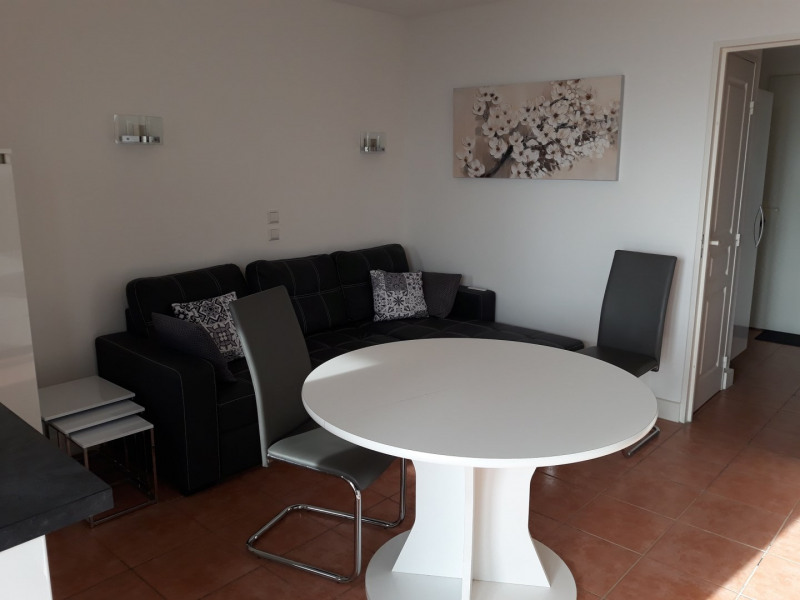 Location vacances appartement Les issambres 450€ - Photo 8