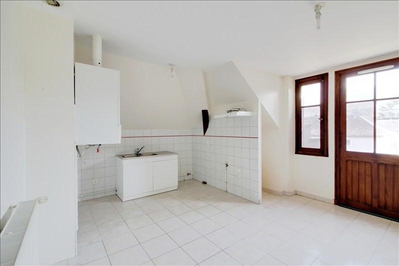 Rental apartment Izeste 450€ CC - Picture 2