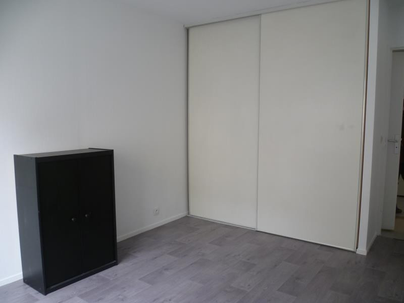 Rental apartment Paris 18ème 1 070€ CC - Picture 6